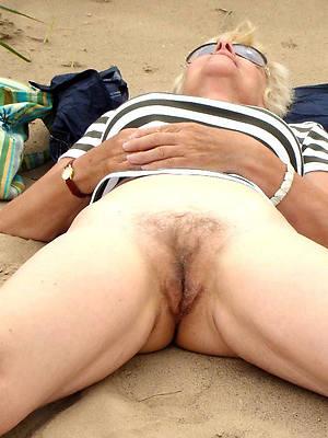 hd mature nude coast photos