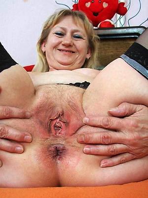 mature large vulva porno pics