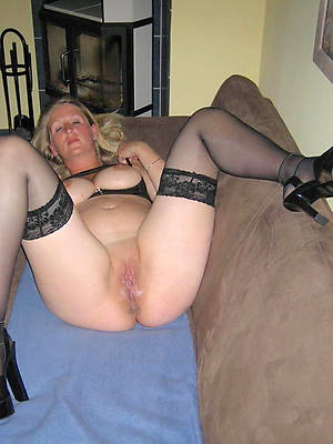 old women in nylons
