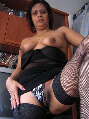sexy mature latinas porno pictures