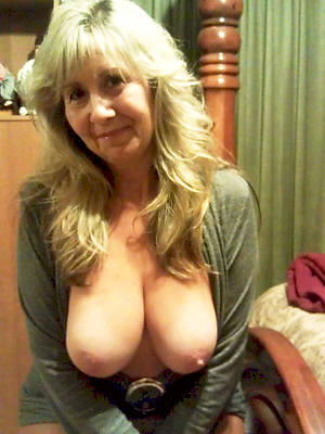 sexy full-grown older column porno pics