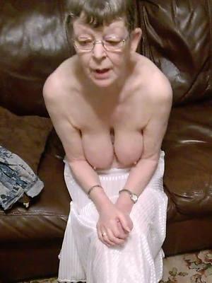horny mature granny sex pics