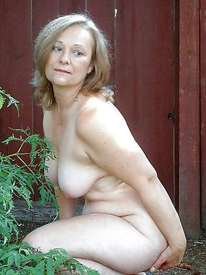 naughty mature comme ci hairy porn photos
