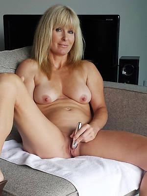 petite xxx mature blonde