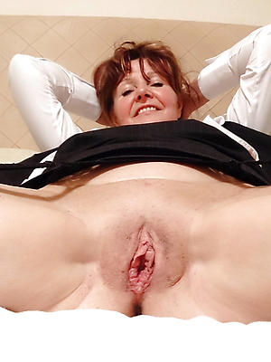 fantastic shaved matured pussy