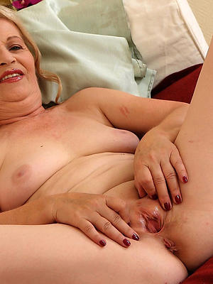 cuties mature women shaved pussy