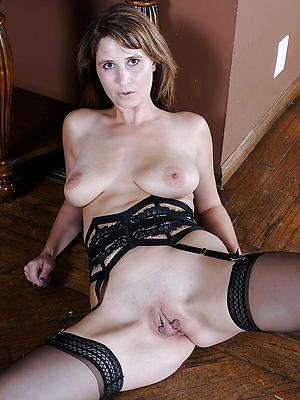 shaved pussy mature unfurnished