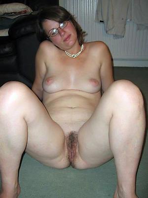 hotties small tit mature galleries