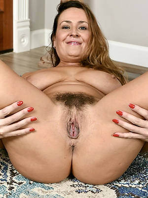 free hd mature vulva inferior pics