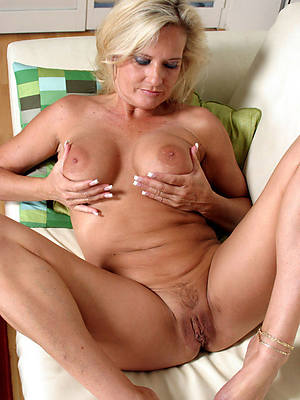 nude mature white women sex pics