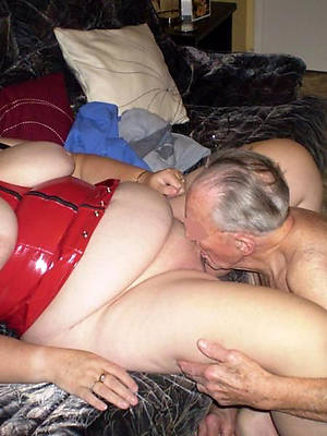fresh eating mature pussy porn