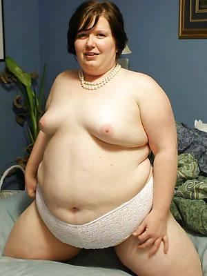 petite full-grown delusional unaware moms nude pics