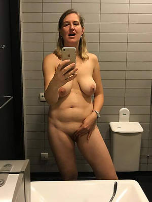 elegant mature sexy selfies