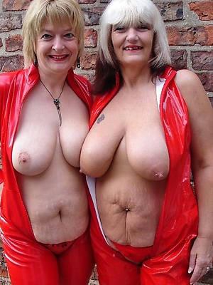 free pics of mature lesbian tits