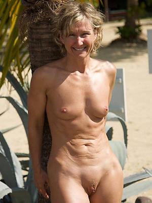 mature women at beach porn pics