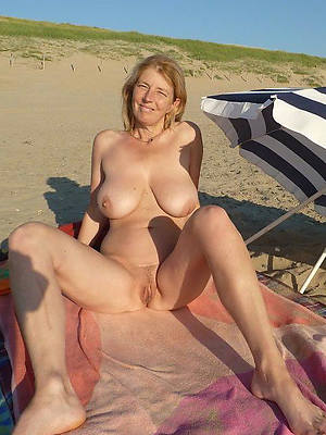 free pics of beautiful matures on the beach