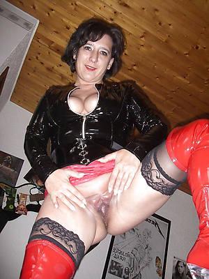 nasty mature ladies wide latex porn pictures