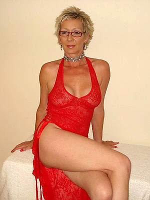 free pics be advantageous to naked european mature