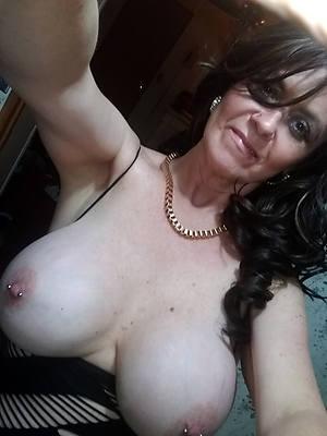 naked beauty mature selfie sex pics