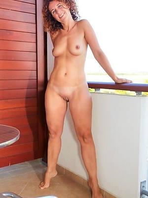 elegant XXX hot mature nudes gallery