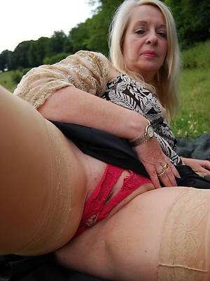 lovely sexy mature Y-fronts pics