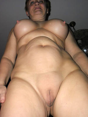 naked pics of hot mature snowflake pussy