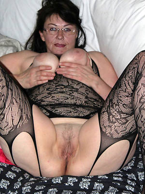 free pics for hot mature singles