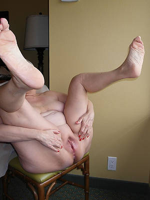 miniature nude old mature feet