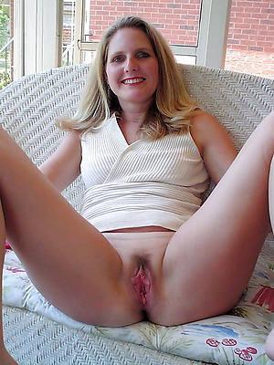 quite mature nude girlfriends pics