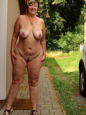 naughty nice of age legs pics