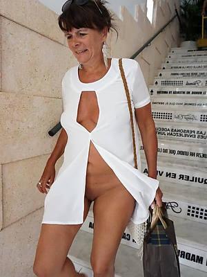 beautiful non unvarnished mature women amateur pics