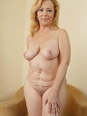 horny mature blue pussy pics