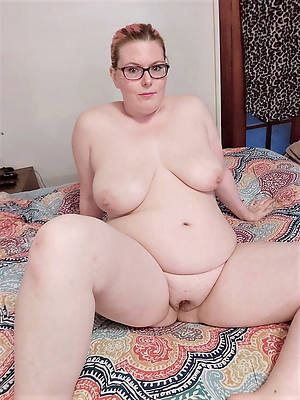 chubby mature brunette porn