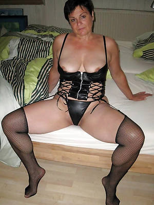 sexy mature ladies in latex pictures