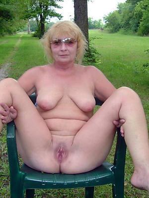 naked pics be proper of pulchritudinous women with glasses