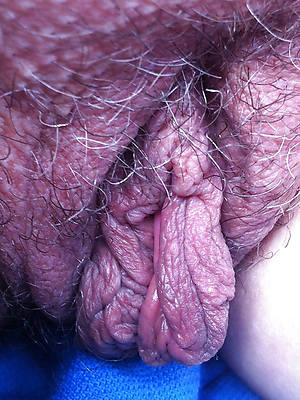 elegant sexy mature hairy pussy close up