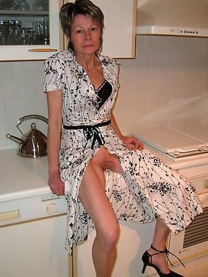 full-grown lady upskirt sex pics