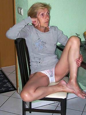 naughty beautiful mature non nude pics