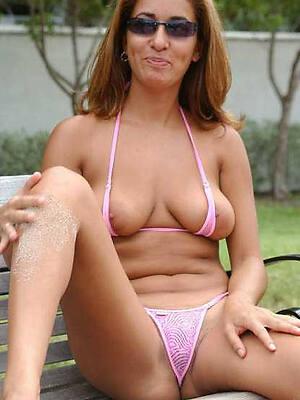 nasty mature battalion in bikini amateur porn pics