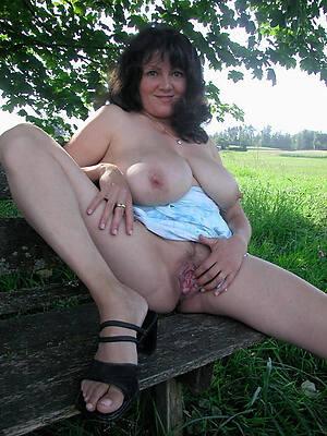hot petite adult brunette sex pics