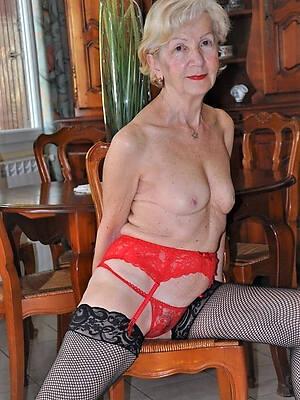 mature granny sluts pictures