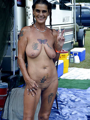 beautiful tattoos on sexy women