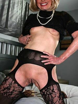 petite exposed single old ladies pics