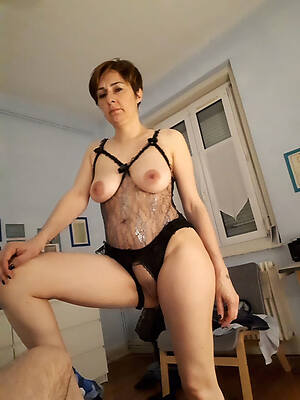 free pics of older mature mom