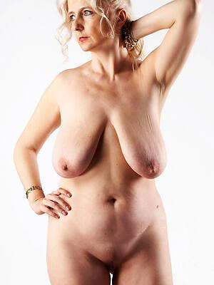 beautiful nude 50 mature pussy