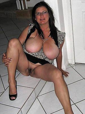 amateur single mature women porn