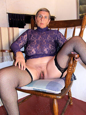 busty mature grannies