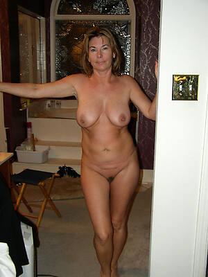 nude mature females see porn pics