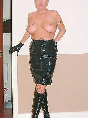 free porn pics of mature in latex