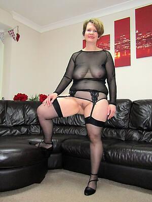 beautiful mature nylon sex pics